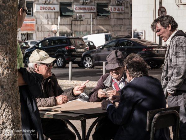Lissabon Kartenspieler