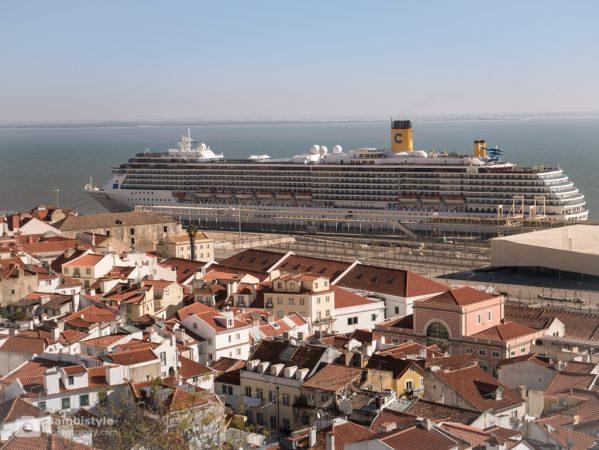 Lissabon Costa Kreuzfahrtschiff