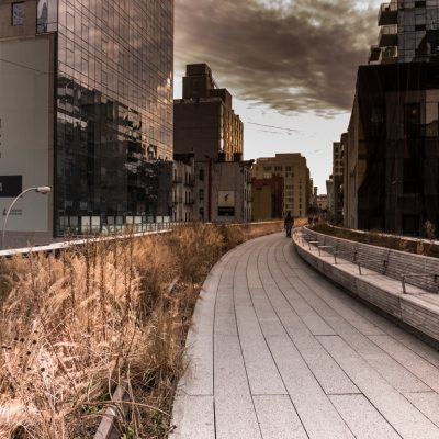 New York City Highline Park Boardwalk